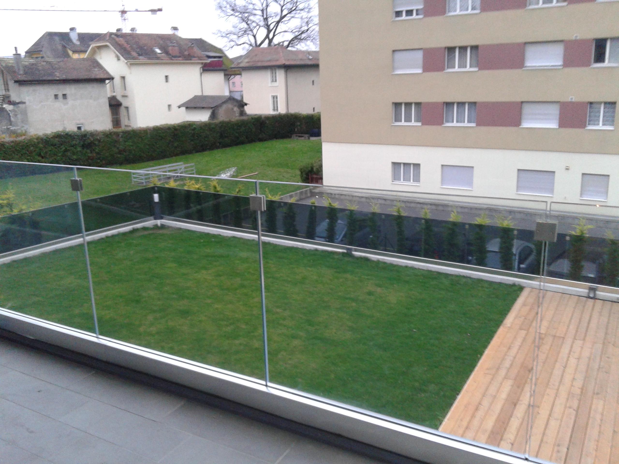 staklena ograda